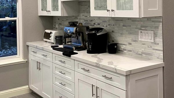 Kitchen Remodeling Countertop with classy backsplash